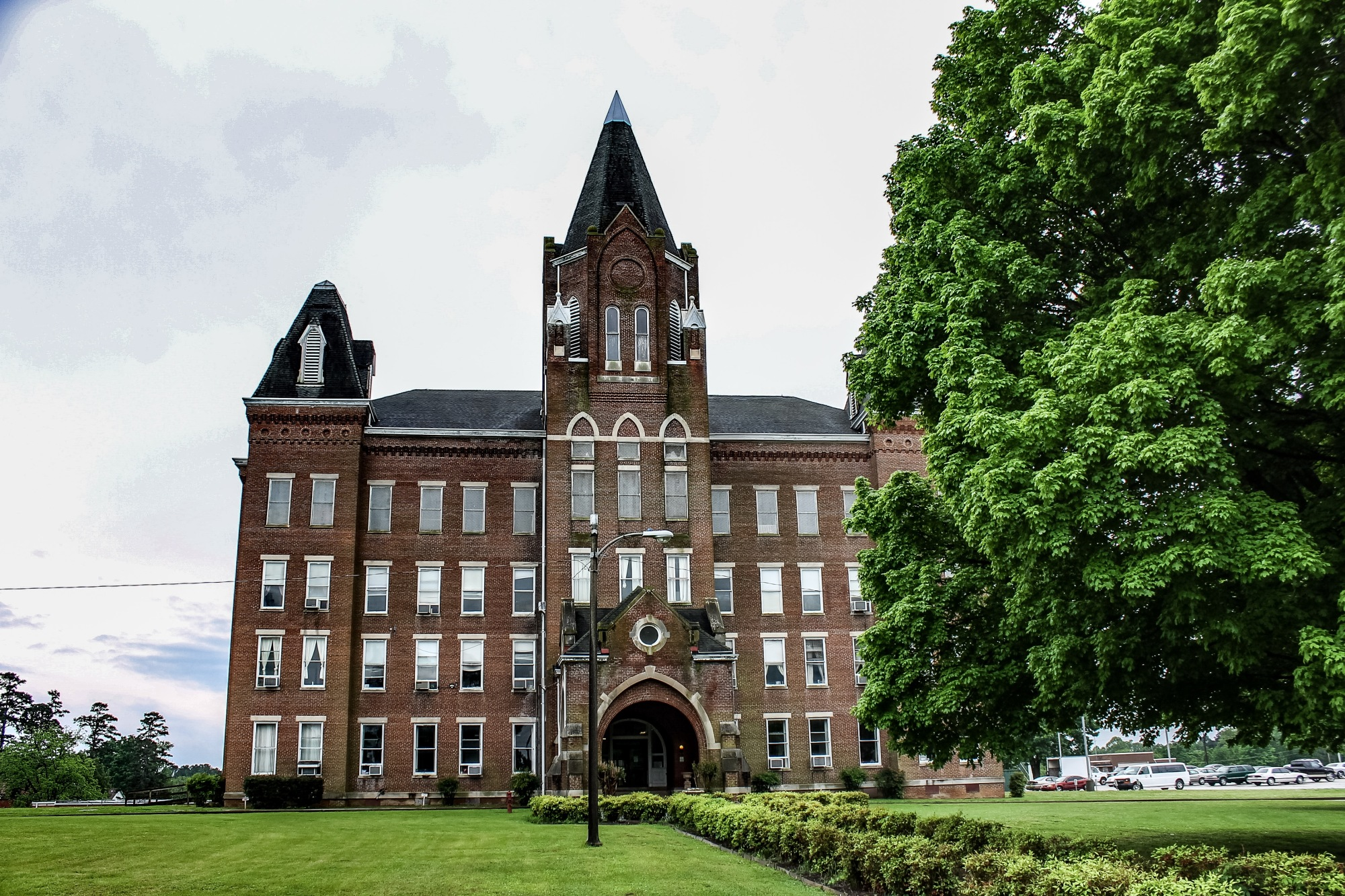 Today, the original Kirkbride building is used for administration. The patient wings were demolished in the 1980s.
