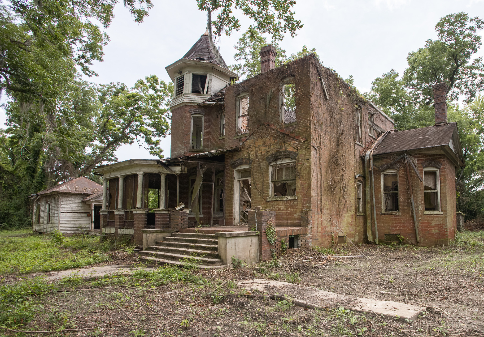 Moulthrop House